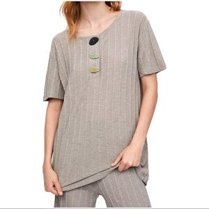 zara ribbed tshirt with buttons
